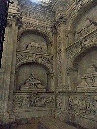 PanteonReal-Oviedo3.JPG