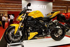 Paris - Salon de la moto 2011 - Ducati - Streetfighter 848 - 001.jpg