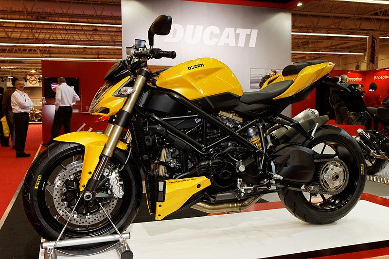 file paris salon de la moto 2011 ducati streetfighter 848. Black Bedroom Furniture Sets. Home Design Ideas