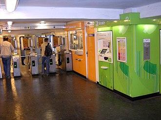 Billancourt (Paris Métro) - Image: Paris metro Billancourt 1