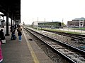 Passengers waiting on the Houston station platform, February 2005.jpg