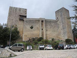 Castello di Pereto - Castle in Pereto