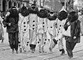 Pierrots au Carnaval de Nice - 30 janvier 1921.jpg