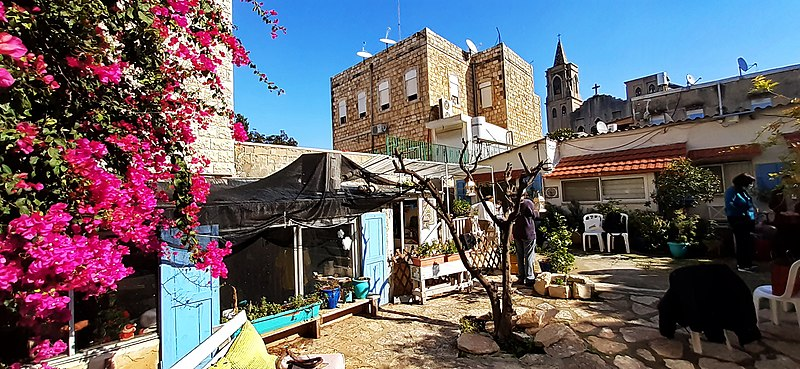 סטודיו לקרמיקה ארמנית בחיפה