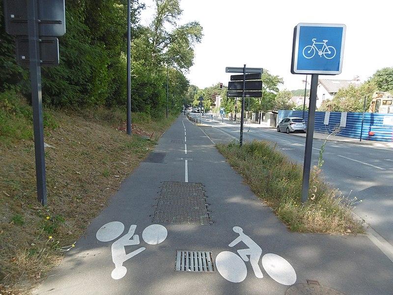 Piste cyclable - Vélo - Urbain - Ville - Bures - France - SchoolMouv - Géographie - CM2