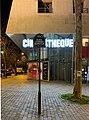 Place Léonard-Bernstein (Paris) panneau et cinémathèque.jpg