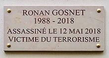 Ronan Gosnet, tué par un djihadiste le 12 mai 2018 dans AC ! Brest 220px-Plaque_Ronan_Gosnet%2C_5_rue_Marsollier%2C_Paris_2e_1