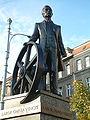 Pomnik Cegielskiego RB2.jpg