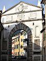 Porta Martana (Massa).jpg