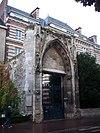 Portail de l'église prieurale Saint-Lô.JPG