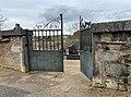 Portail du cimetière de Jujurieux (Ain, France).jpg