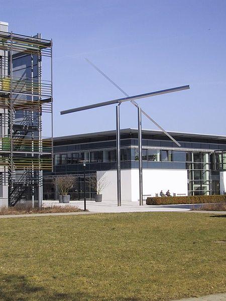 File:Potsdam Albert-Einstein-Institut.jpg