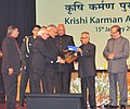Pranab Mukherjee presented the Krishi Karman Awards 2011-12 to State Governments for exemplary performance in increasing food grain production, at a function, at Rashtrapati Bhawan (2).jpg
