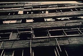 Teoria delle finestre rotte wikipedia - Teoria delle finestre rotte sociologia ...