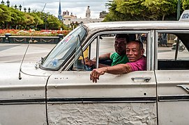 Public transport share taxi in Maracaibo city, Zulia, Venezuela.jpg