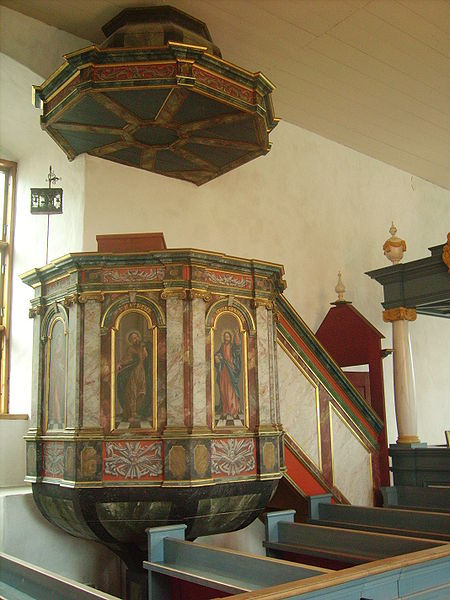 File:Pulpit, Turunlinna.jpg