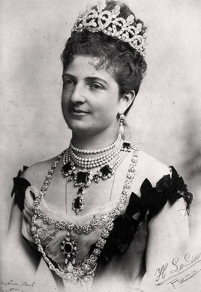 File:Queen Margharitha di Savoia.jpg