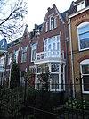 foto van Leeuwendaal: woonhuis in Overgangsarchitectuur met invloeden uit Jugendstil en chaletstijl