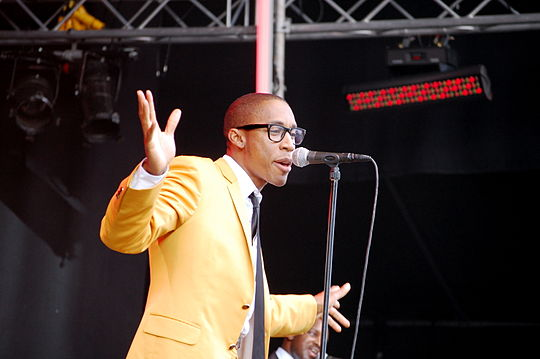 Saadiq performing at the 2009 Stockholm Jazz Festival, promoting The Way I See It. Raphael Saadiq at Stockholm Jazz 5.jpg