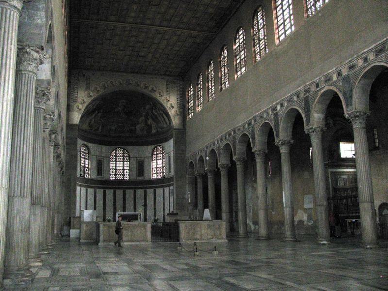 File:Roma SSabina interno.JPG
