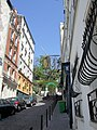Rue Tholozé, Paris 2010-04-23.jpg