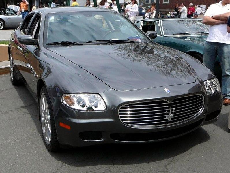 http://upload.wikimedia.org/wikipedia/commons/thumb/7/7f/SC06_2006_Maserati_Quattroporte.jpg/797px-SC06_2006_Maserati_Quattroporte.jpg