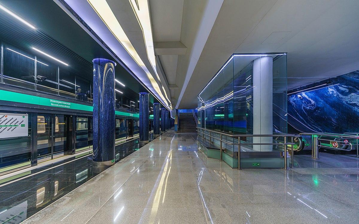 станция метро гостиный двор спб