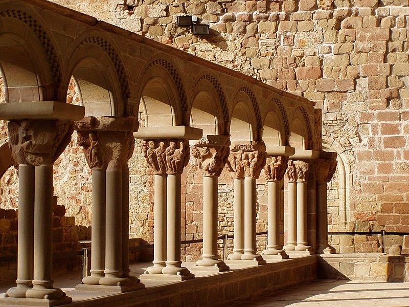 File:San-Juan de la Peña cloitre.jpg