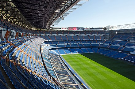 Interior del Estadio Santiago Bernabéu en Madrid.