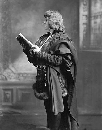 Théâtre de la Ville - Sarah Bernhardt as Hamlet (1899)