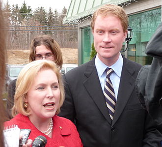 Kirsten Gillibrand - Gillibrand campaigning for her Democrat House successor Scott Murphy (2009)