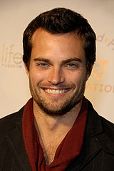 "Scott Elrod na ""O'FLuFF's Lucky Charms Green Carpet Event"" - Culver City, 13 marca 2010"
