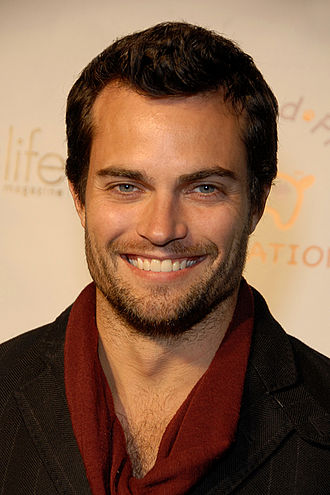 The Young and the Restless characters (2014) - Scott Elrod has been cast as Joe Clark, the ex-husband of Avery Bailey Clark (Jessica Collins).
