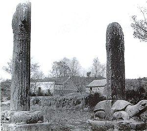 Victor Segalen - Segalen's photo of statuary near Xiao Xiu's tomb (1917)