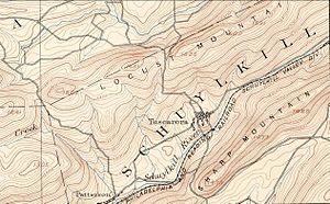 Sharp Mountain - Image: Sharp Mountain NE peaks, USGS Mahanoy Pennsylvania Quadrant SE=maha 92se