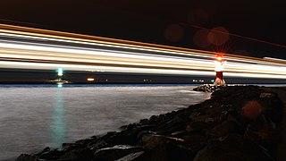 Ship light trails, Rostock.jpg
