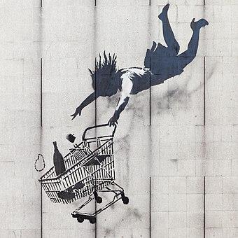 あなたが落ちるまでバンクシーの店、メイフェア、ロンドン。 彼の政治的に破壊的なストリートアートは、英国や世界中に登場しています。[72]