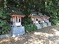 Shrines in Oyamazumi Shrine.jpg