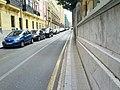 Sidewalk pinch point (18620835508).jpg