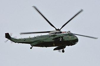 Sikorsky VH-3D Sea King %27159356%27 (25990450404).jpg