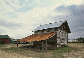 Smith Tobacco Barn, Dillon vicinity, Dillon County (South Carolina).jpg