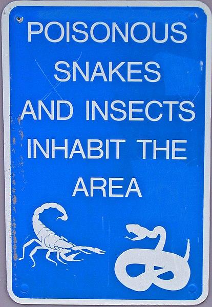 File:Snake warning sign.jpg