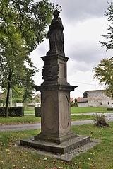 sochy sv. Vavřince, sv. Floriána a sv. Jana Nepomuckého