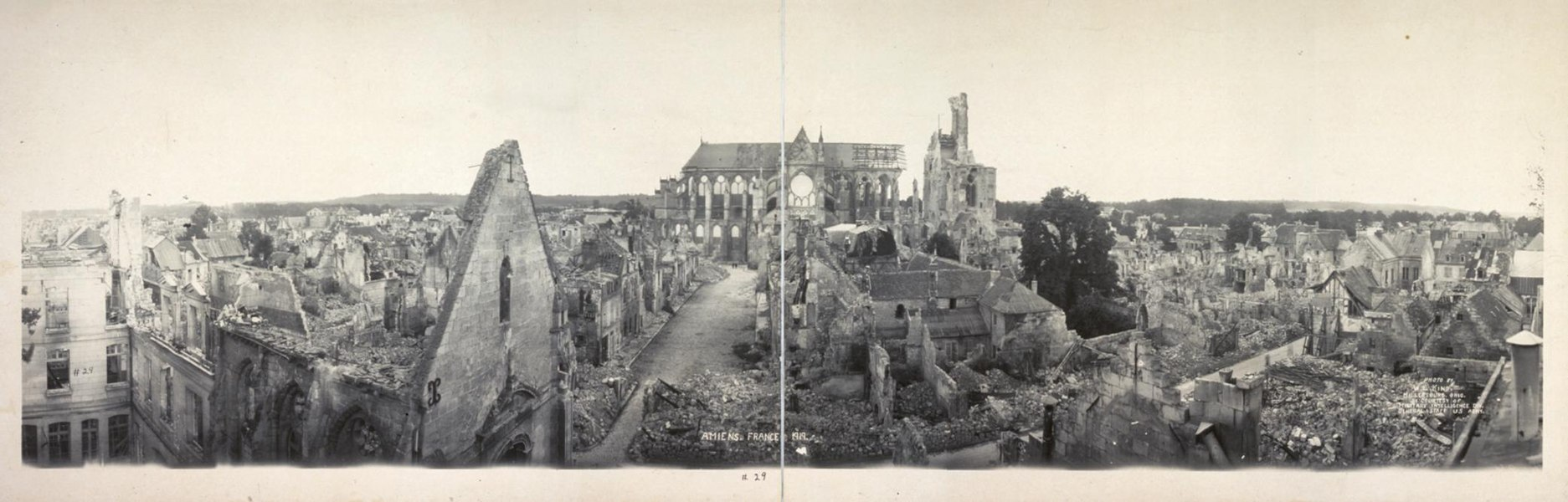 "Panorama of Soissons, France, in 1919, heavily damaged during World War I. In the middle is the cathedral. The picture was taken approximately from the current ""rue du Collège"" in Soissons, looking primarily South. The photograph was incorrectly captioned ""Amiens"", which is another French city (see File talk:Soissons, France, 1919 panorama.jpg#Amiens or Soissons? for (French) explanations about the fact that this actually is Soissons)."