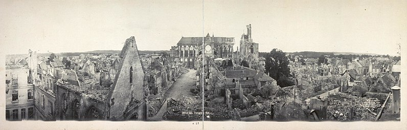 Soissons, France, 1919 panorama.jpg