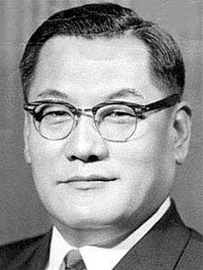 Song Yo-chan httpsuploadwikimediaorgwikipediacommonsthu