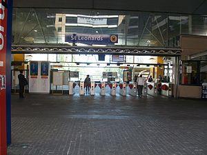 St Leonards, New South Wales - St Leonards railway station