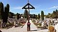 Stadtfriedhof Oberndorf, Mittelgang (2).jpg