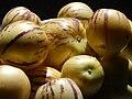 Starr-140402-0164-Solanum muricatum-fruit-Hawea Pl Olinda-Maui (24873926609).jpg