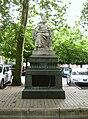 Statue V. Hugo - Besançon.JPG